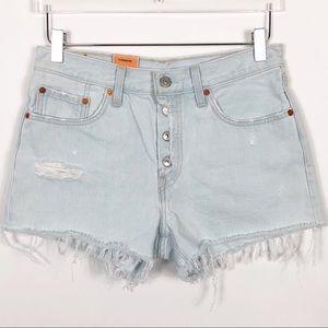 Levi's | 501 Cutoff Denim Shorts Light Wash 27